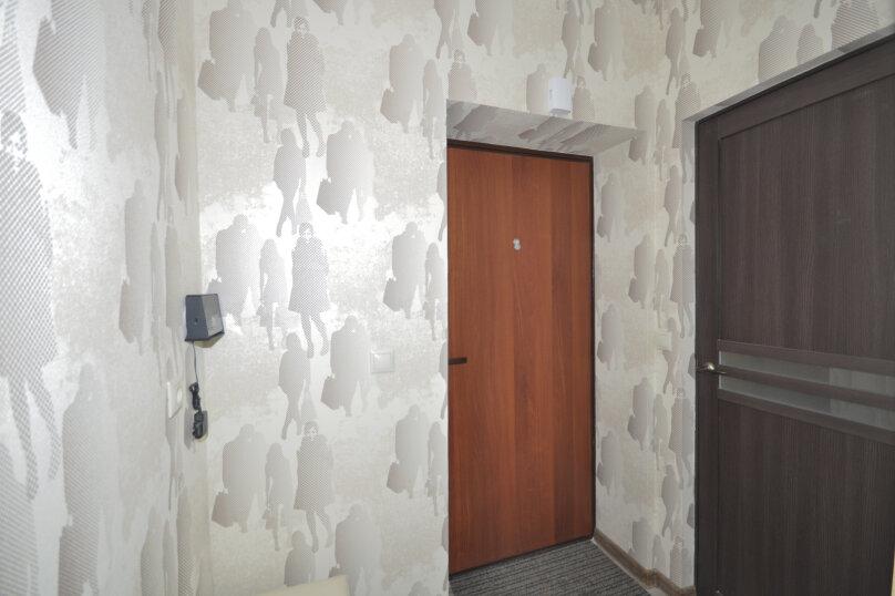 1-комн. квартира, 50 кв.м. на 3 человека, ул. Ивана Захарова, 9, Сургут - Фотография 7