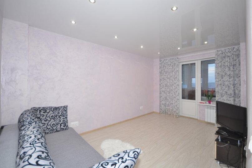 2-комн. квартира, 50 кв.м. на 6 человек, ул. Ивана Захарова, 11, Сургут - Фотография 3