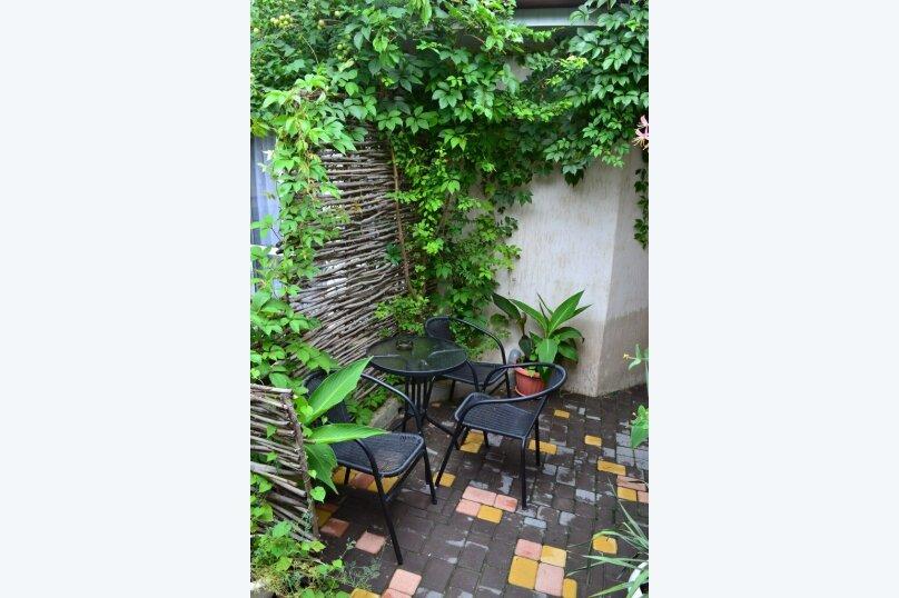 Уютный домик на 3х человек в хорошем районе Судака, 20 кв.м. на 3 человека, 1 спальня, улица Бирюзова, 6, Судак - Фотография 3