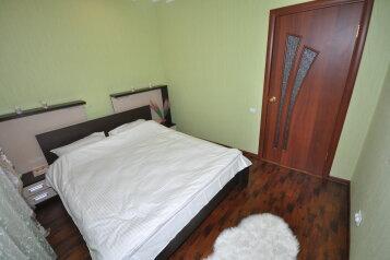 2-комн. квартира, 60 кв.м. на 6 человек, И. Каролинского , 8, микрорайон Центральный, Сургут - Фотография 3
