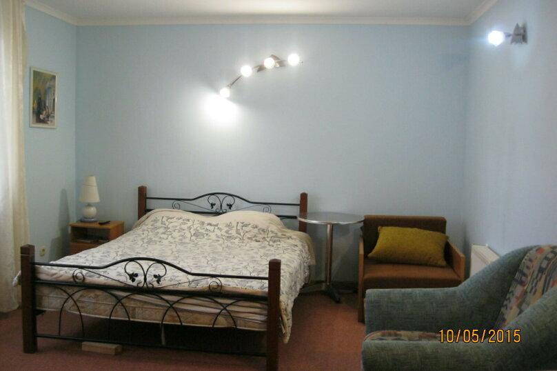 2-комн. квартира, 45 кв.м. на 4 человека, улица Чехова, 17, Массандра, Ялта - Фотография 1