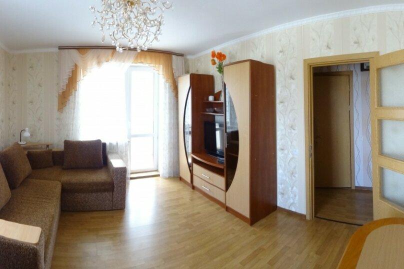 1-комн. квартира, 65 кв.м. на 5 человек, бульвар Старшинова, 10А, Феодосия - Фотография 2
