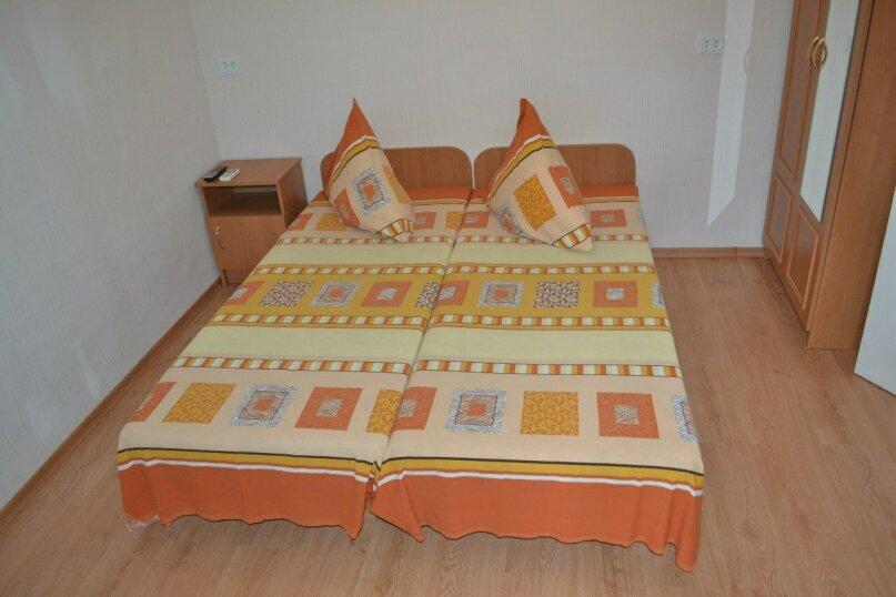 Уютный домик на 2х чел в хорошем районе Судака, 20 кв.м. на 2 человека, 1 спальня, улица Бирюзова, 6, Судак - Фотография 4