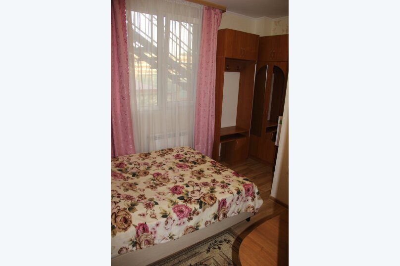 """Гостевой дом """"Надежда"""", Взлетная улица, 18А на 9 комнат - Фотография 14"""