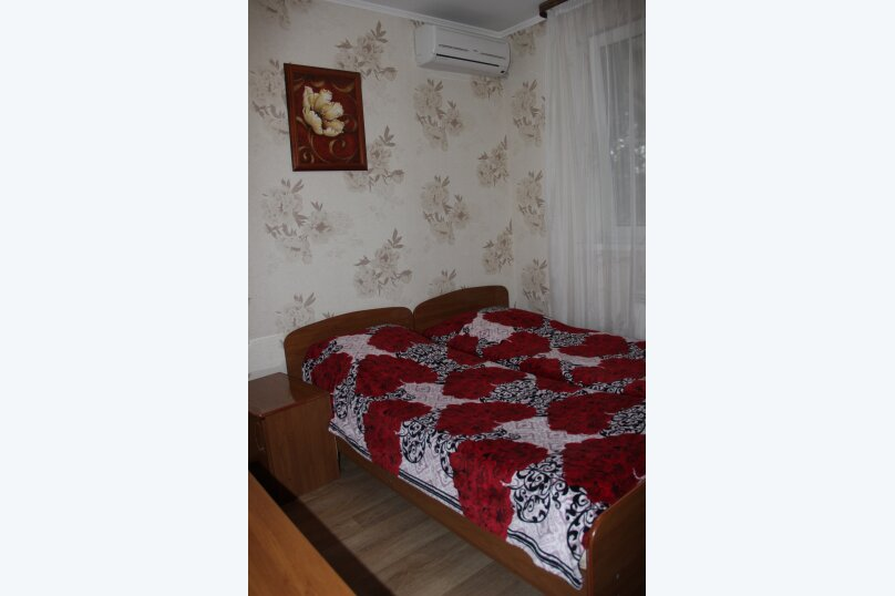 """Гостевой дом """"Надежда"""", Взлетная улица, 18А на 9 комнат - Фотография 15"""