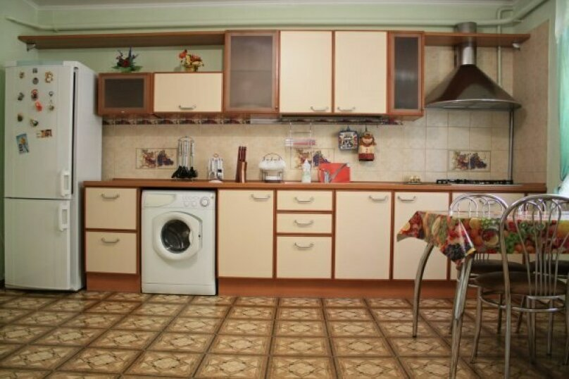 Дом в Парке им.Фрунзе на 6 человек, 2 спальни, улица Кирова, 82, Евпатория - Фотография 1