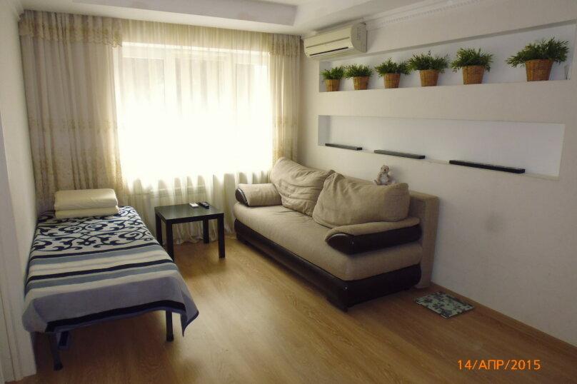 2-комн. квартира, 42 кв.м. на 4 человека, улица Воровского, 5, Сочи - Фотография 1