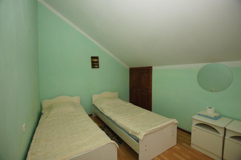 """Гостевой дом """"Натали"""", Заречная улица, 15 на 16 комнат - Фотография 27"""