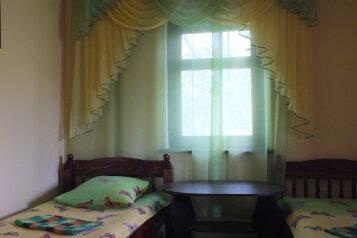 3 - комнатная  дача на СТ 'ВОЛНА', 80 кв.м. на 7 человек, 3 спальни, 3 правая, поселок Орджоникидзе, Феодосия - Фотография 4