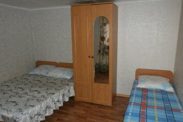 Номера у моря, 18 кв.м. на 10 человек, 4 спальни, Мыс Француженка, район Алчак, Судак - Фотография 3