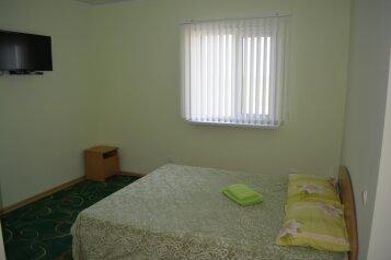 Комнаты в частном доме, Винницкая улица на 5 номеров - Фотография 1