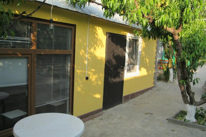 № 9 Домик (котедж) 3 местный , Базарный переулок, 10А, Голубицкая - Фотография 1