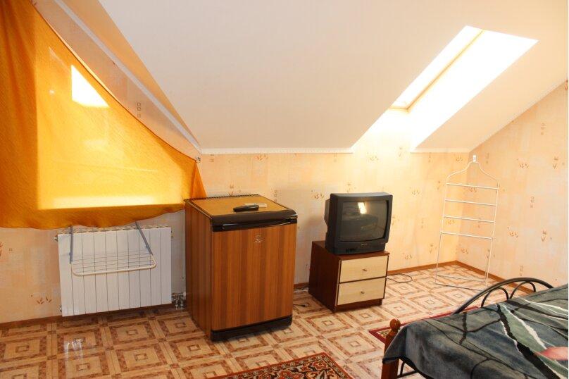 Двухместные с балконом п/люкс на 3 этаже, улица Богдана Хмельницкого, 12А, Адлер - Фотография 1