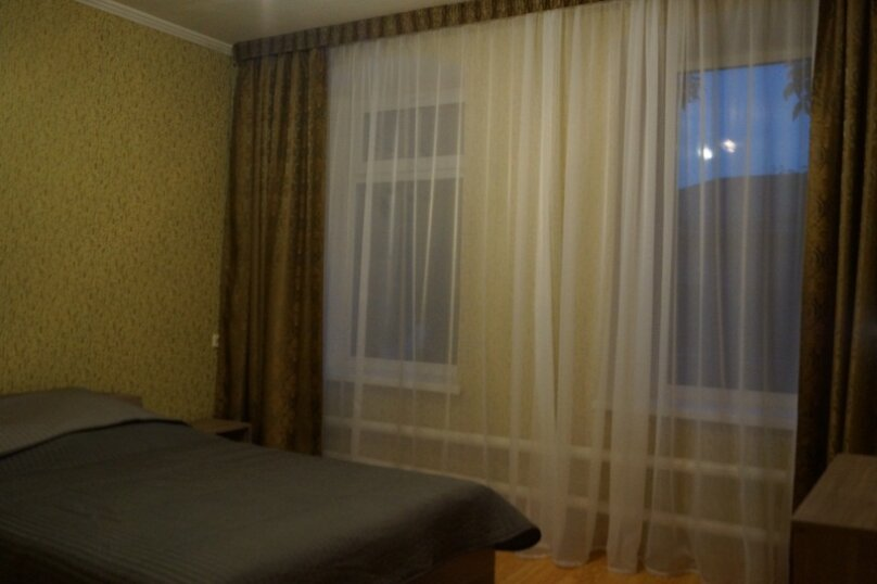 Часть дома, 70 кв.м. на 5 человек, 2 спальни, улица Свердлова, 55, Ейск - Фотография 26