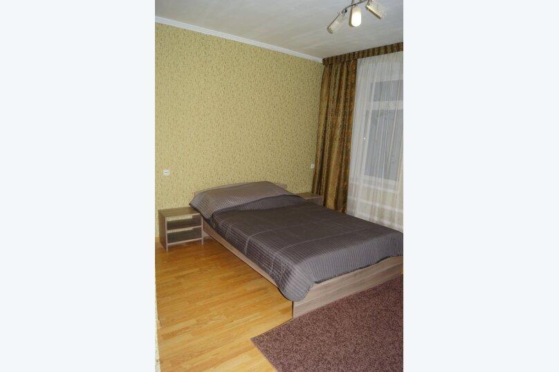 Часть дома, 70 кв.м. на 5 человек, 2 спальни, улица Свердлова, 55, Ейск - Фотография 11