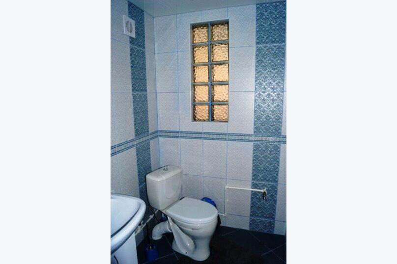 Часть дома, 70 кв.м. на 5 человек, 2 спальни, улица Свердлова, 55, Ейск - Фотография 17