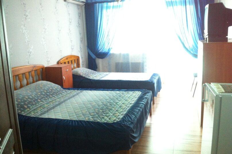 Трёхместный  + дополнительное место, Парниковая, 2, село Приветное - Фотография 2