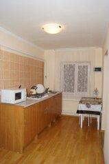 Часть дома, 70 кв.м. на 5 человек, 2 спальни, улица Свердлова, 55, Центр, Ейск - Фотография 4