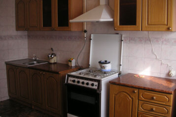 Дом, 80 кв.м. на 6 человек, 2 спальни, улица Суворова, Центр, Геленджик - Фотография 3