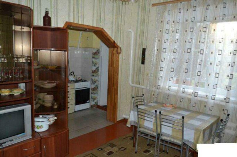 Сдаётся дом, 90 кв.м. на 5 человек, 2 спальни, улица Чапаева, 106, Должанская - Фотография 2