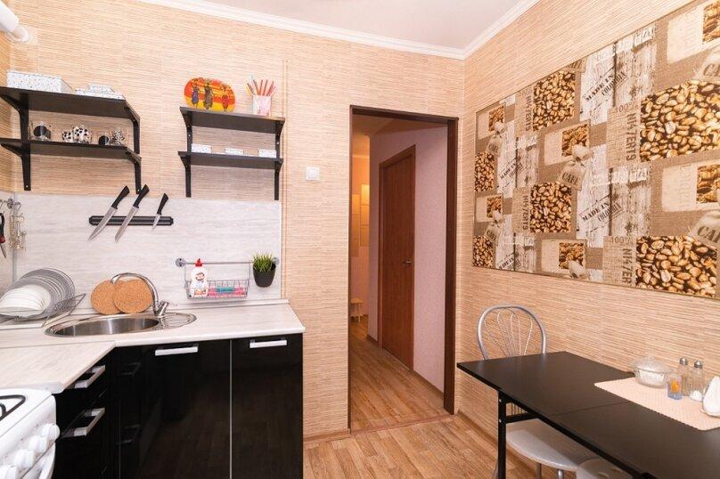 2-комн. квартира, 55 кв.м. на 5 человек, Московская улица, 49, метро Площадь 1905 года, Екатеринбург - Фотография 9