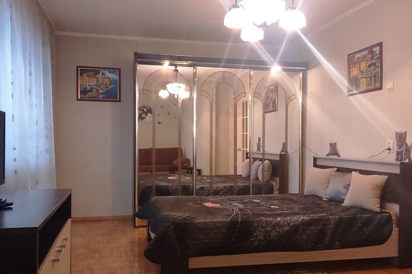 1-комн. квартира, 32 кв.м. на 4 человека, Ясная улица, 30, Екатеринбург - Фотография 1