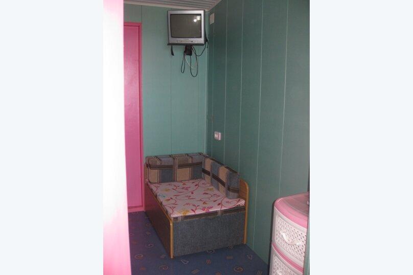 Домик (розовый), 16 кв.м. на 2 человека, 1 спальня, Ленина, 21, Алупка - Фотография 3