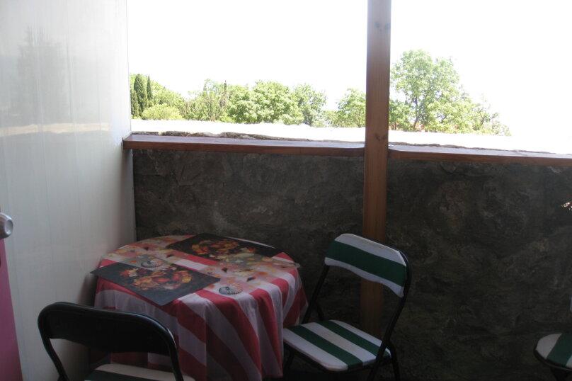 Домик (розовый), 16 кв.м. на 2 человека, 1 спальня, Ленина, 21, Алупка - Фотография 6