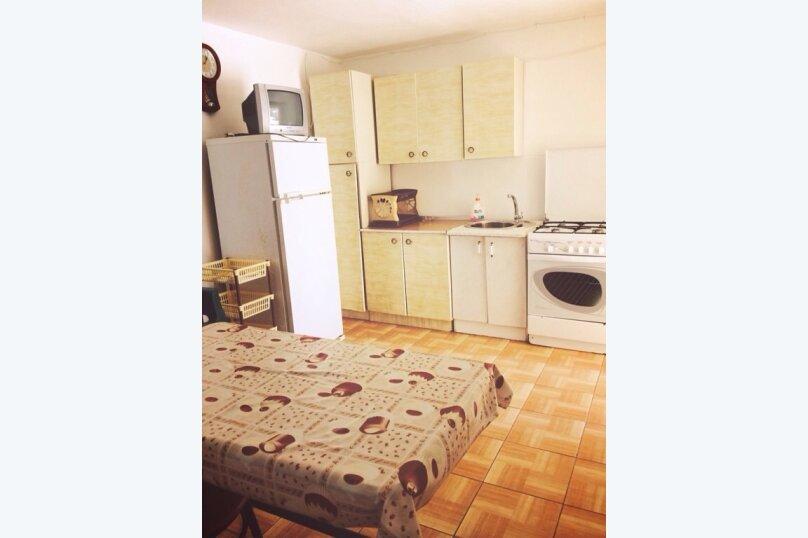 """Гостевой дом """"Афродита"""", Комсомольская улица, 47 на 6 комнат - Фотография 19"""