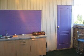 Летние домики (фиолетовый), 24 кв.м. на 4 человека, 1 спальня, Ленина, Алупка - Фотография 2