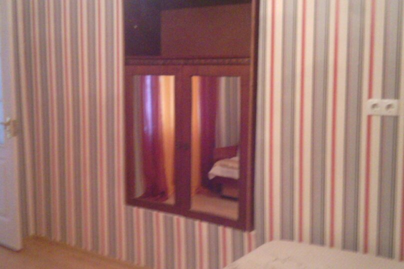 1-комн. квартира, 28 кв.м. на 3 человека, улица Революции, 27, Евпатория - Фотография 9
