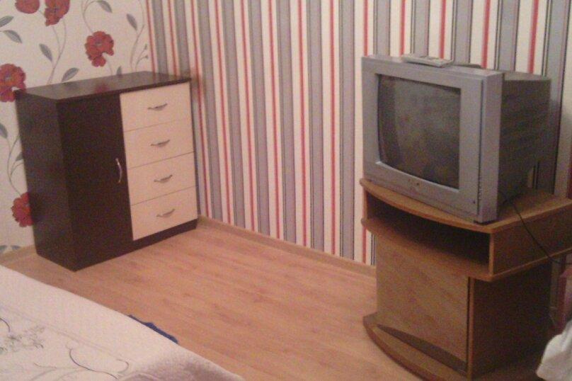 1-комн. квартира, 28 кв.м. на 3 человека, улица Революции, 27, Евпатория - Фотография 10