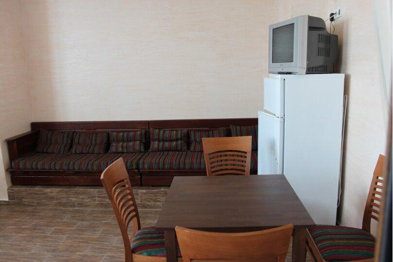Северо запад 3 этаж, Ленина , 35Б\1, Алупка - Фотография 3