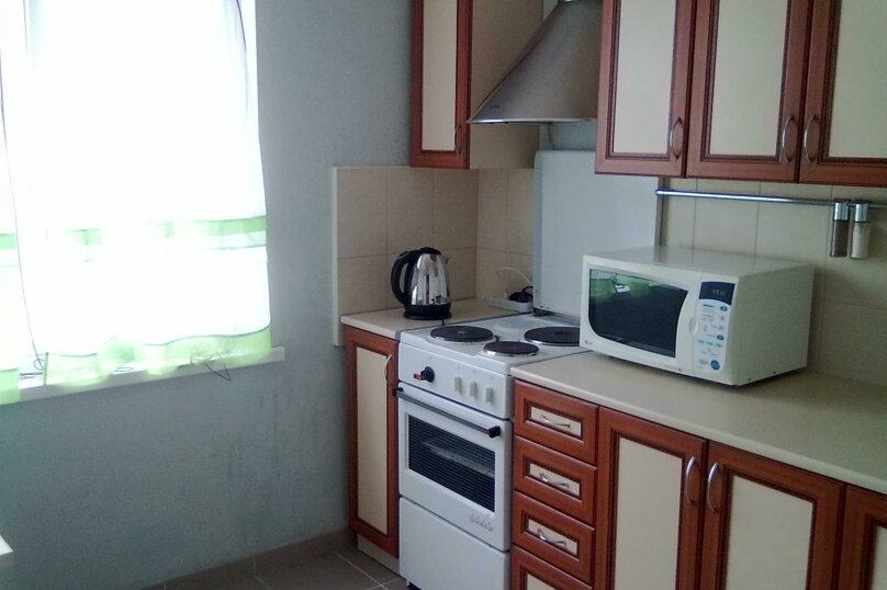 1-комн. квартира, 39 кв.м. на 5 человек, улица Захаренко, 5, Челябинск - Фотография 4