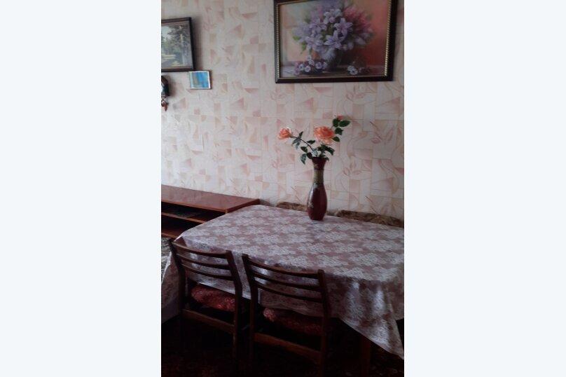 3-комн. квартира, 70 кв.м. на 6 человек, бульвар Старшинова, 10, Динамо, Феодосия - Фотография 3