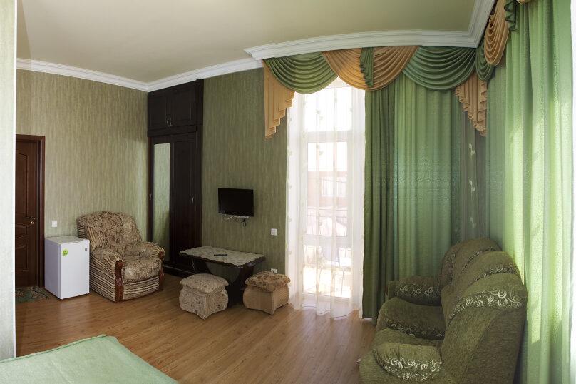 """Гостевой дом """"Карина"""", Краснодарская, 19 на 20 комнат - Фотография 12"""