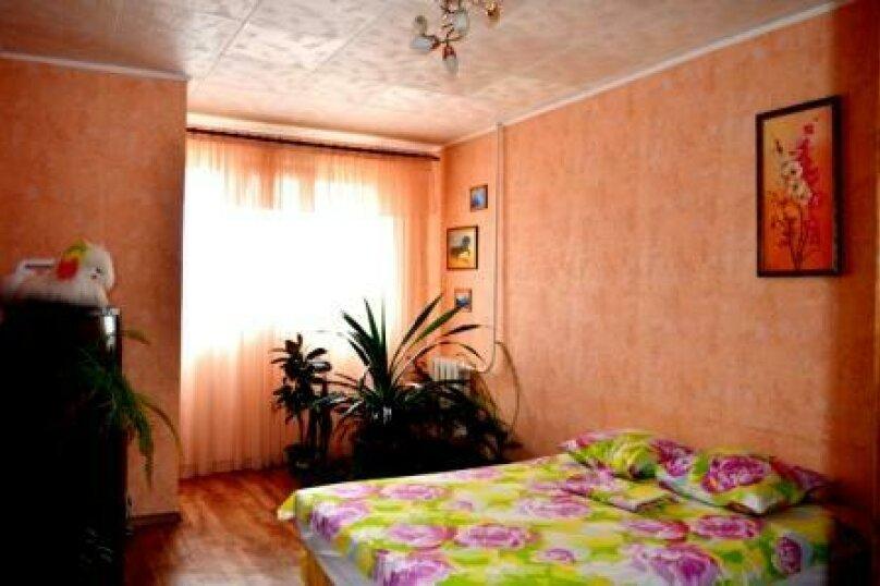 1-комн. квартира, 40 кв.м. на 3 человека, улица Адмирала Фадеева, 1, Севастополь - Фотография 4