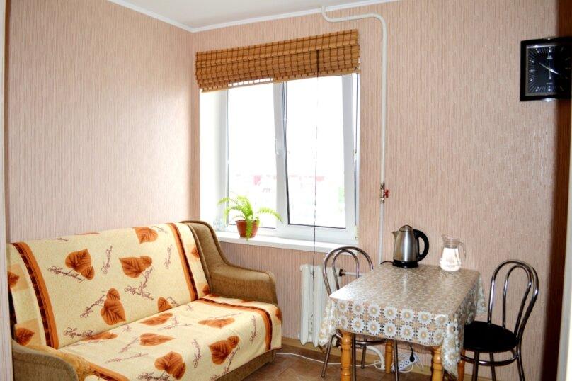1-комн. квартира, 40 кв.м. на 3 человека, улица Адмирала Фадеева, 1, Севастополь - Фотография 5