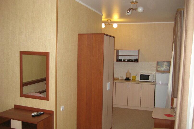2-3 местный с диваном и с кухней N 7, Пионерская улица, 33, Кабардинка - Фотография 1