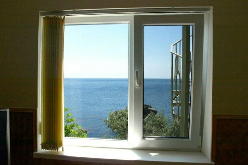 Номер-полулюкс однокомнатный с видом на море 2+2, улица Терлецкого, 4В, Форос - Фотография 1