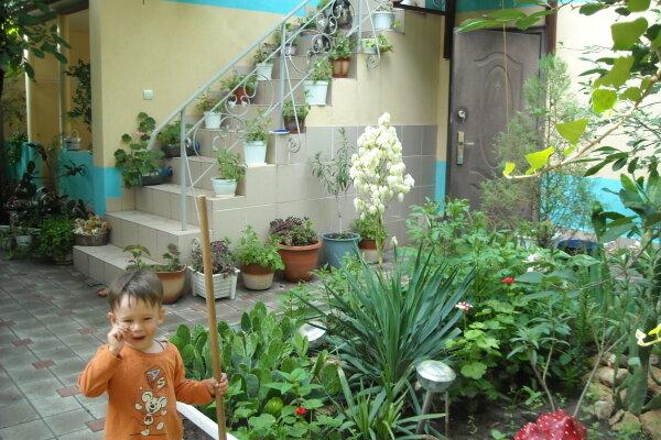 Отдых в Штормовом, Строительная улица, 27 на 5 номеров - Фотография 1
