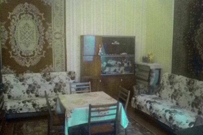 2-комн. квартира, 40 кв.м. на 6 человек, улица Санаторская, 3, Евпатория - Фотография 2