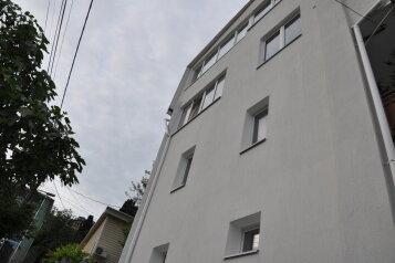 Коттедж  в Гурзуфе, Пролетарская улица на 7 номеров - Фотография 2
