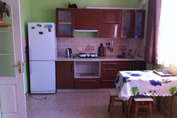 Сдам жилье в Алупке, 45 кв.м. на 6 человек, 2 спальни, улица Калинина, Алупка - Фотография 3