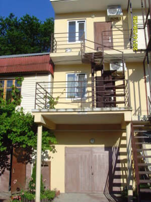 Мини-отель, Енисейская улица, 12 на 2 номера - Фотография 1