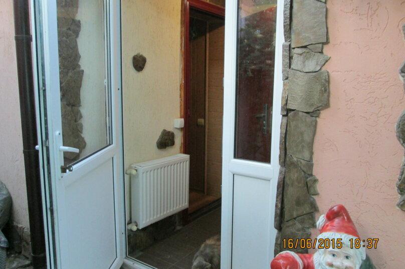Уютный однокомнатный дом с двориком, 45 кв.м. на 4 человека, 1 спальня, Комсомольская улица, 13, Евпатория - Фотография 13