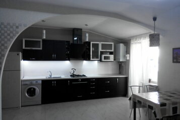 2-комн. квартира, 67 кв.м. на 6 человек, Южная улица, 13 б, поселок Приморский, Феодосия - Фотография 1