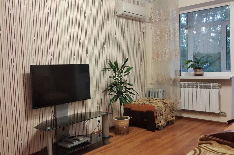 2-комн. квартира, 48 кв.м. на 4 человека, улица Ленина, 45, Алушта - Фотография 2