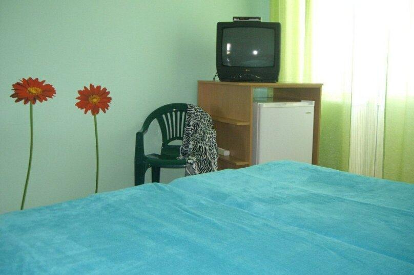 Гостевой дом, 130 кв.м. на 12 человек, 4 спальни, Морская улица, 66, Евпатория - Фотография 9
