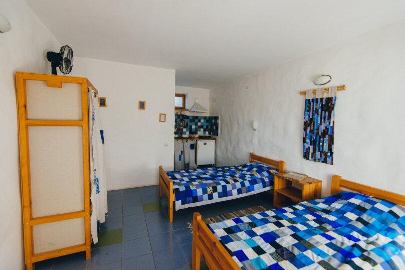 Двухместные номера с двумя раздельными кроватями, улица Блока, 22, Коктебель - Фотография 5